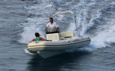 BSC 50 - Blace Boat Rentals
